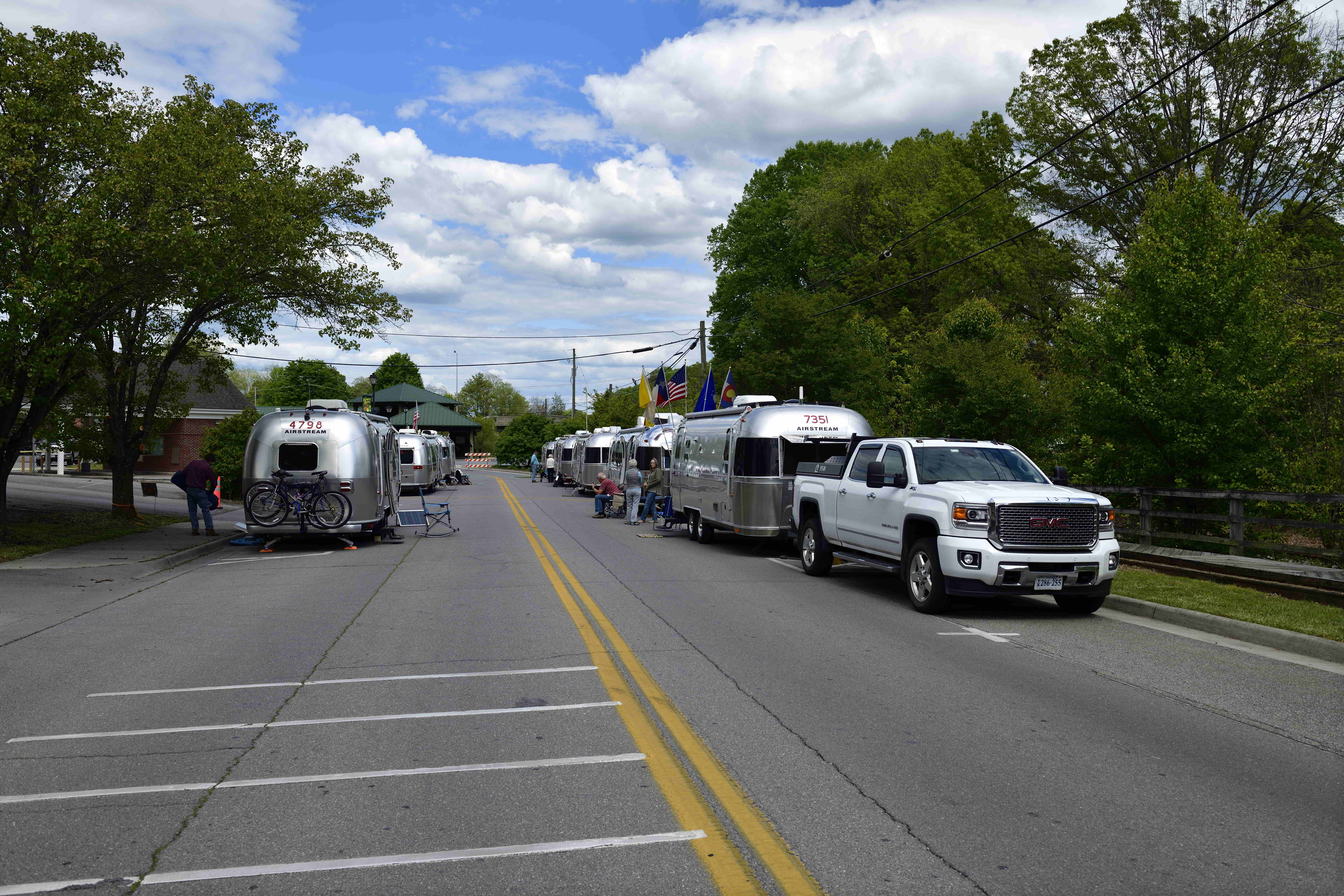 Abingdon, Virginia: Silver in The Streets, Thursday